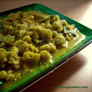 Pudalangai Kootu Recipe – Snake Gourd Kootu Recipe