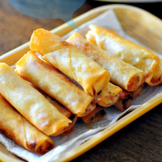 Vegetable spring rolls, how to make veg spring rolls