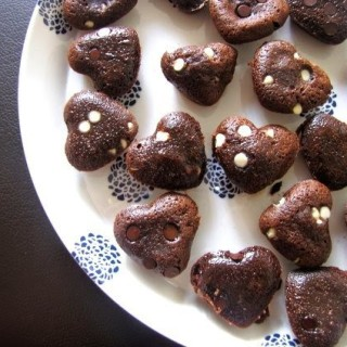 Gooey Chocolate Melting Hearts – Easy Chocolate Recipe for Valentines Day