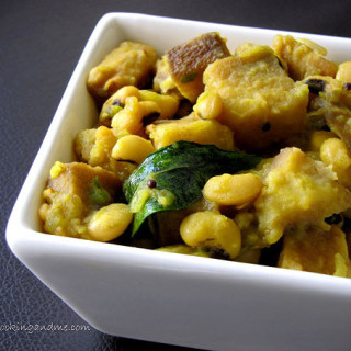 Chena Vanpayar Curry / Yam Erissery Recipe – Onam Sadya Recipes