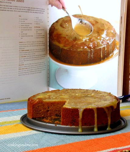 sticky date toffee cake with hot toffee sauce