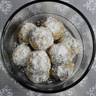 Snowball Cookies | Eggless Snowball Cookies | Christmas Cookies Recipe
