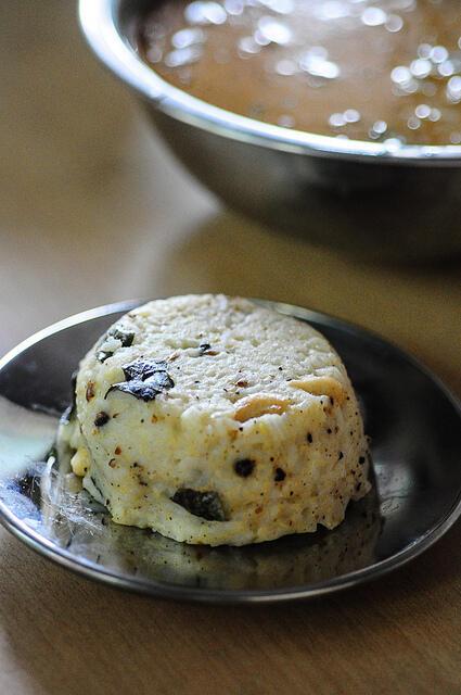 Gothsu Recipe-Kathirikai (Brinjal) Gothsu-Ven Pongal Gothsu Recipe