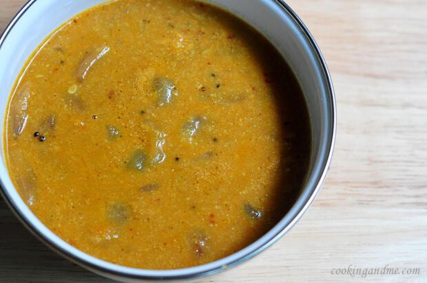 vengaya kara kuzhambu recipe