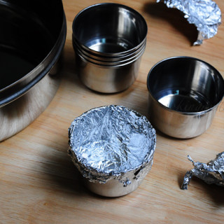 Make Your Own Muffin or Cupcake Moulds at Home ~ Quick Tips