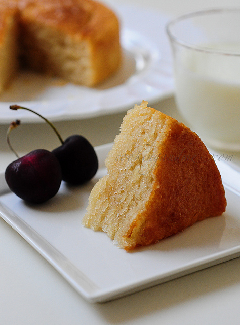 Eggless Vanilla Cake Recipe With Images : Eggless Sponge Cake Recipe, Sponge Cake Step by Step ...