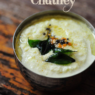 Tamil Coconut Chutney Recipe-Thengai Chutney Recipe (for Idli-Dosa)