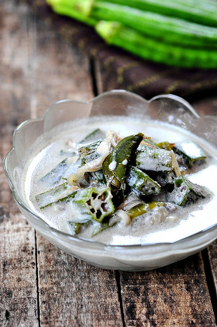 Vendakka Stew-How to Make Okra Stew Recipe