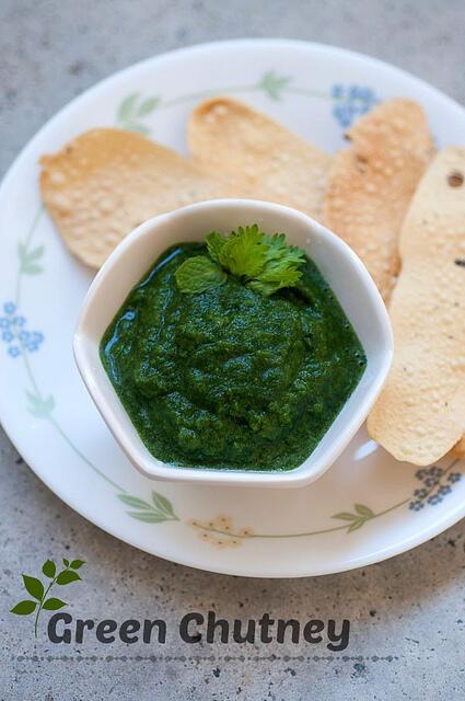 green chutney for chaat, sandwiches (coriander mint chutney)