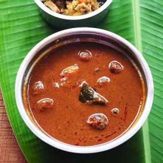 Ullipaya Pulusu – Quick Andhra Style Onion Pulusu Recipe in 30 Minutes