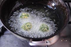 palak aloo tikki-spinach potato cutlet recipe-7