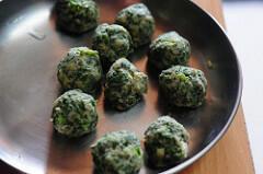 palak aloo tikki-spinach potato cutlet recipe-6