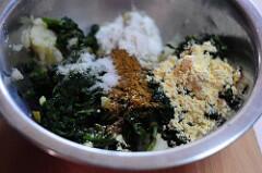 palak aloo tikki-spinach potato cutlet recipe-4