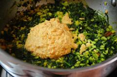 spinach kootu-keerai kootu-south indian kootu recipe-5