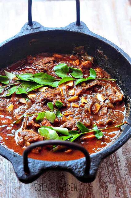 Kerala chicken curry recipe, nadan kozhi curry