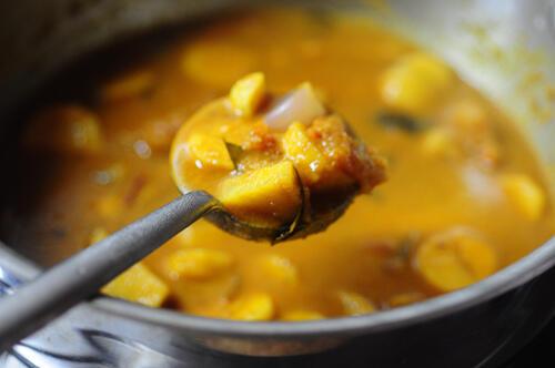karunai kizhangu kuzhambu-karunai kilangu kulambu recipe-10