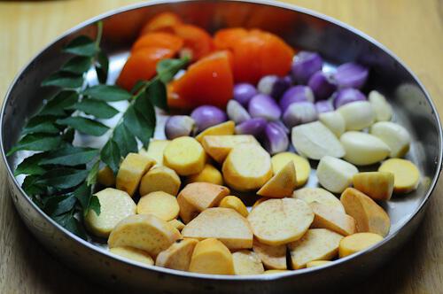 karunai kizhangu kuzhambu-karunai kilangu kulambu recipe-2