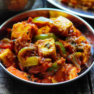 Paneer Jalfrezi Recipe – How to Make Restaurant-Style Paneer Jalfrezi