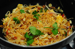 pad thai-vegetarian pad thai noodles recipe-13