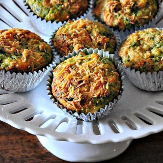 Spinach Feta Muffins – Savory Muffin Recipe (Eggless Option Included)