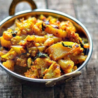 Aloo Gobi Recipe, How to Make Aloo Gobi Step by Step