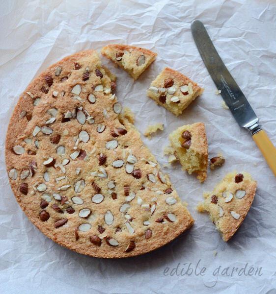 flourless almond cake recipe