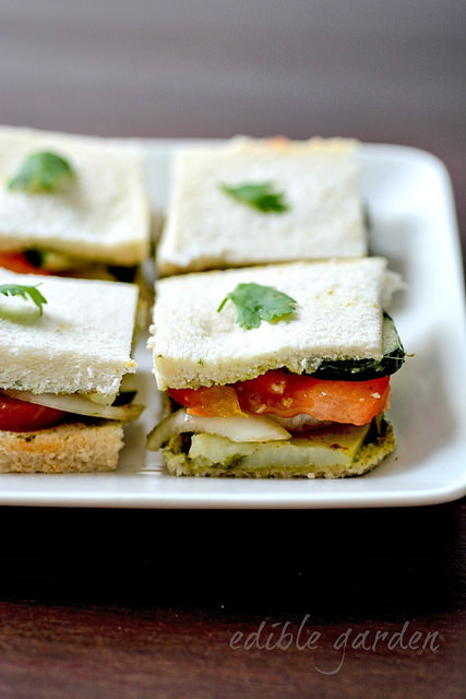 Vegetable Sandwich Recipe - Bombay Veg Sandwich, Step by Step - Edible ...