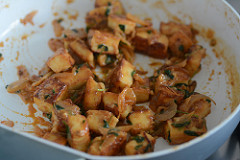 how to make methi paneer recipe-12