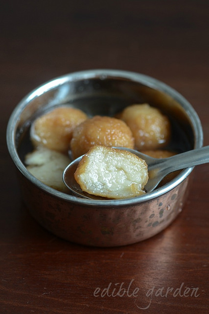 bread gulab jamun recipe, how to make gulab jamun with bread