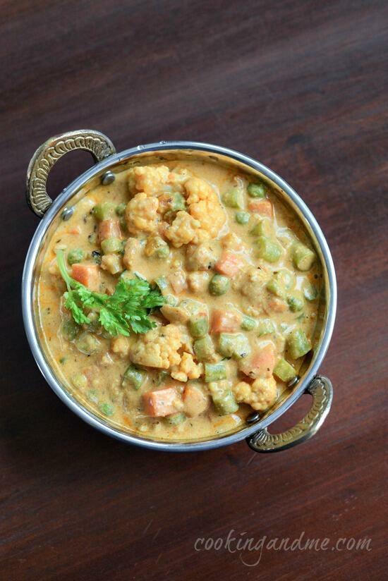 mughlai vegetable korma, how to make mughlai vegetable korma