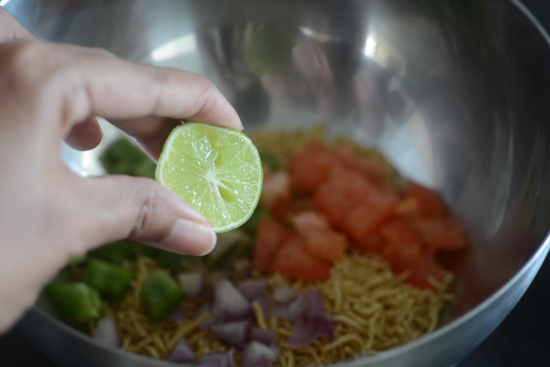 sev chaat recipe, quick and easy party starter
