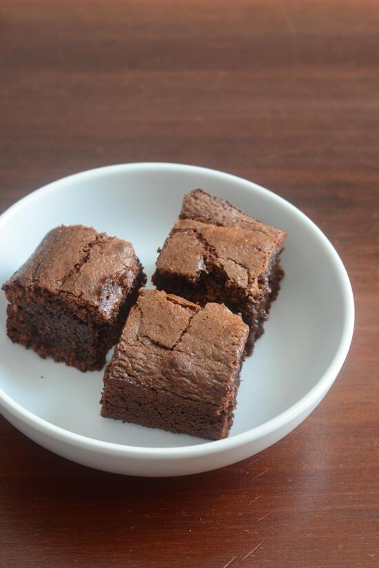 3 ingredient flourless nutella brownies recipe